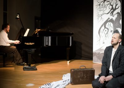 Winterreise STAGED with Johannes Held, bariton
